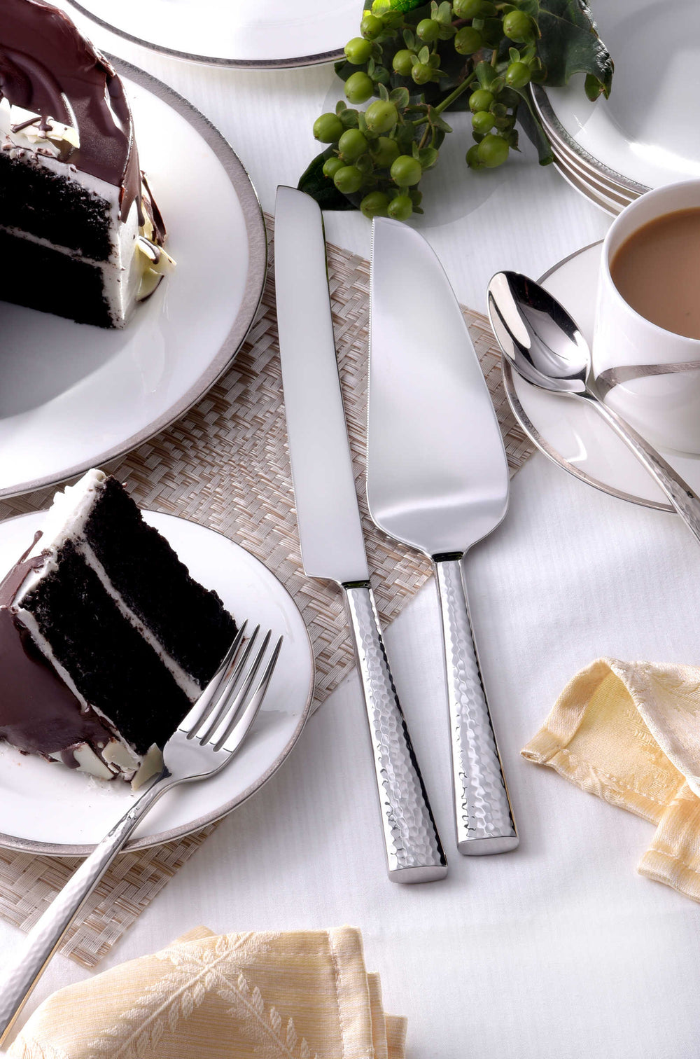 Oneida Cabria 2 Piece Cake Server Set | Extra 30% Off Code FF30 | Finest Flatware
