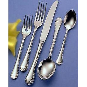 Oneida Bell Rose Dinner Spoon | Extra 30% Off Code FF30 | Finest Flatware