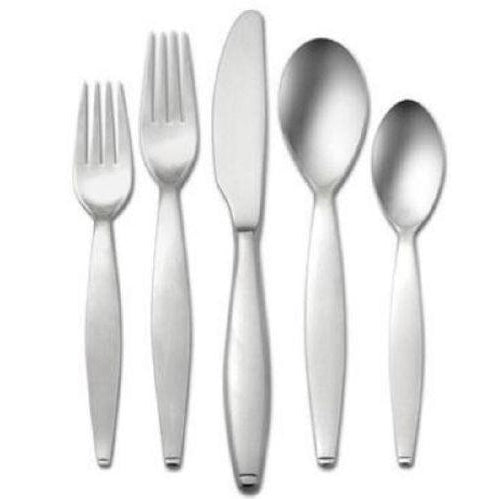 Oneida Danube 5 Piece Fine Flatware Set, Service for 1 - Finest Flatware - Extra 30% Off Code FF30