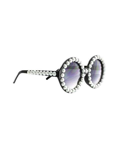 Rich old lady pearl glasses