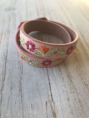 Floral Bracelet (more colors)