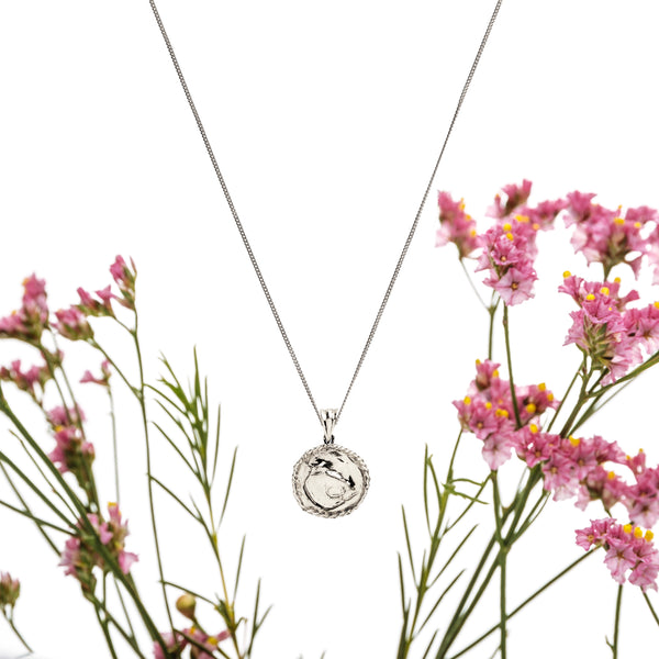 The Eleutheria necklace