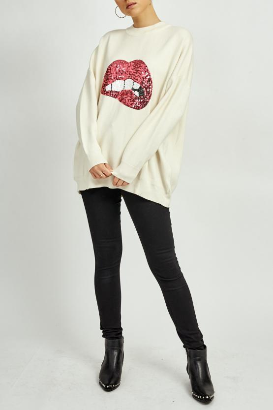 White Oversized Knitted Jumper With Pink Sequin Lips