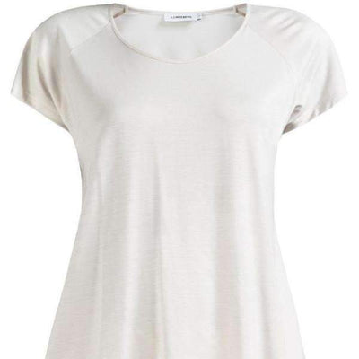 Camara Fine Lyocell J.Lindeberg T-Shirt - Beige - Close View