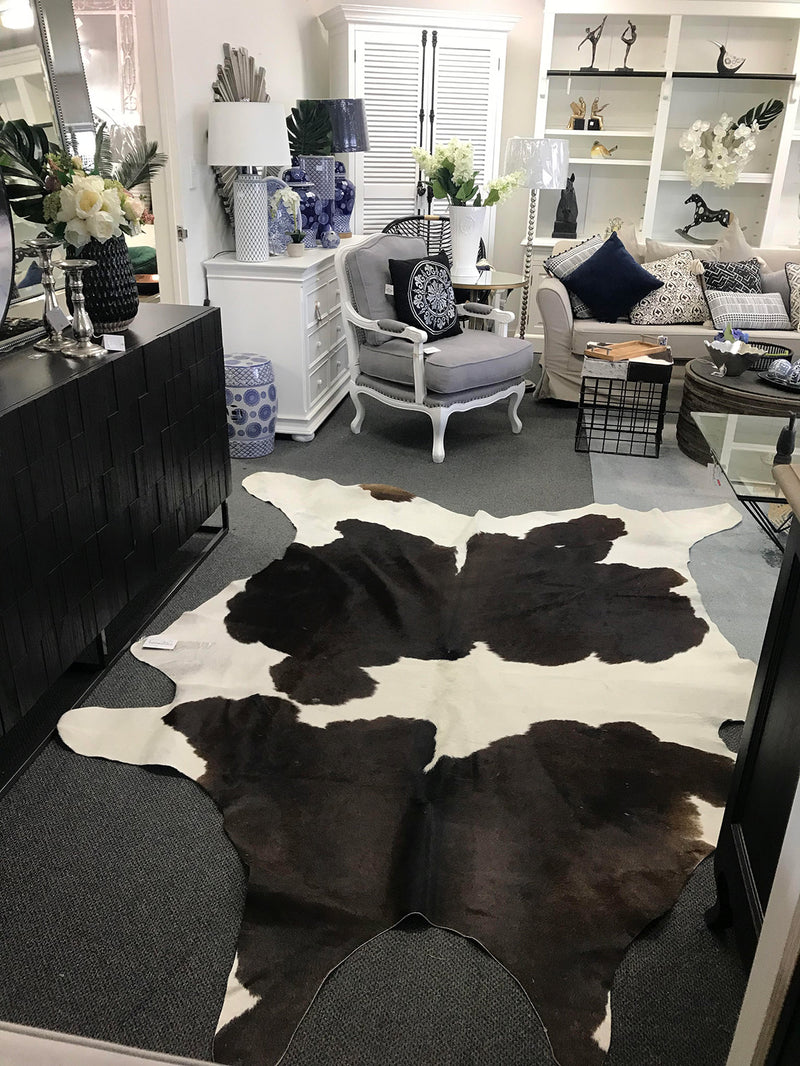 Cowhide Rug Grade A+++Extra large
