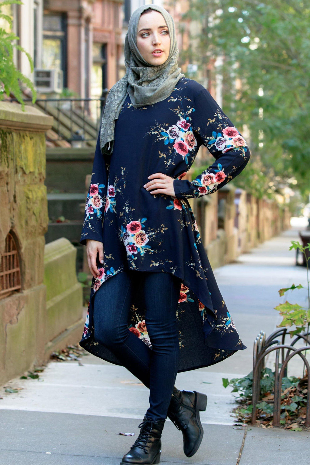 Navy Hi-Lo Floral Tunic Top - Abaya, Hijabs, Jilbabs, on sale now at UrbanModesty.com
