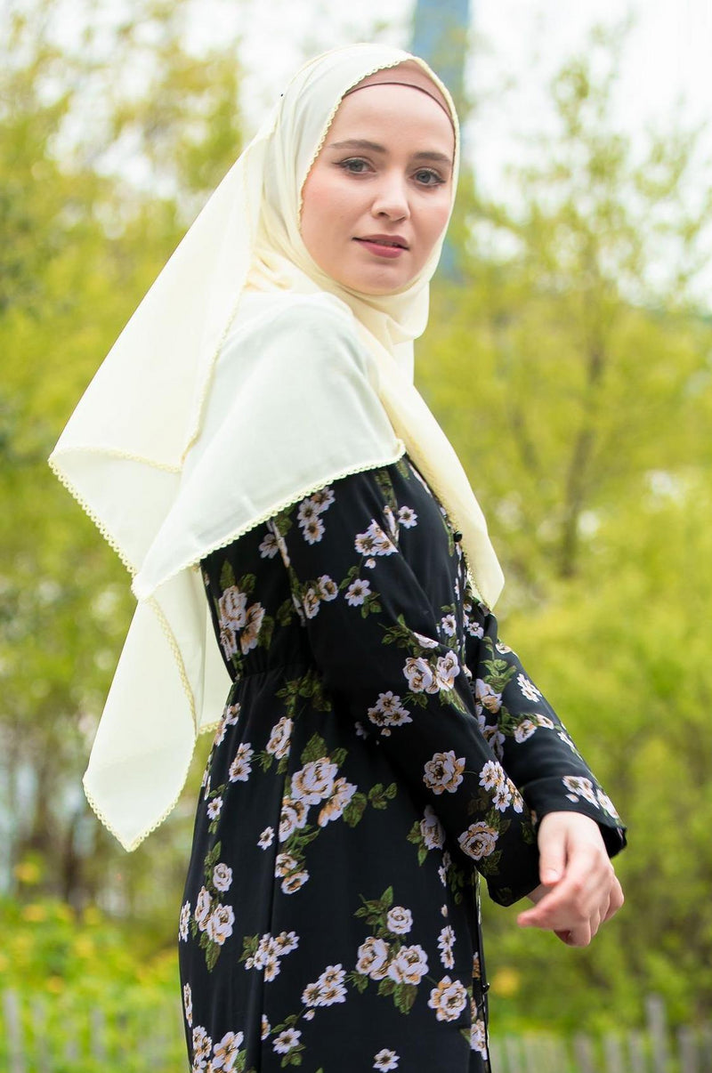 Pale Yellow Lace Edge Chiffon Hijab