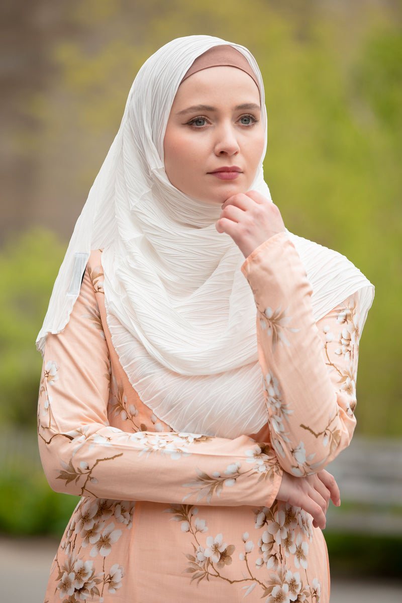 White Chevron Pleated Chiffon Hijab