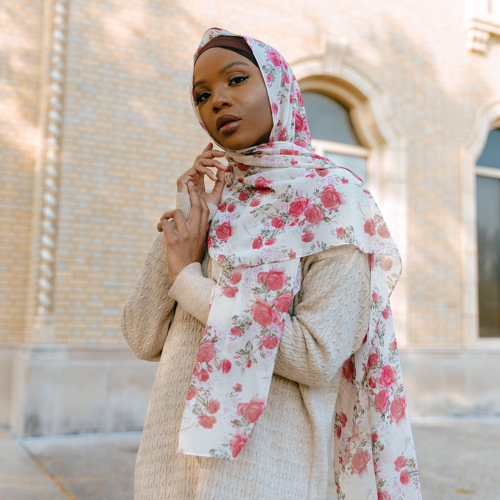 FIELD OF ROSES Chiffon Print-AllScarves-Niswa Fashion