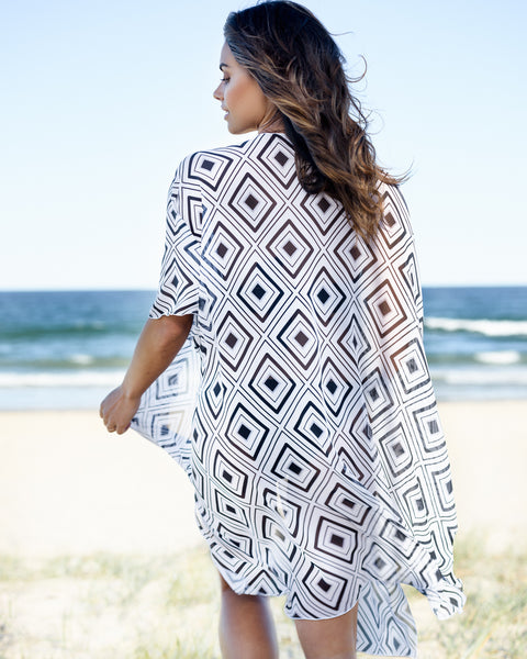 HAVANA - CAPE - CAPE CAPRI Luxury Beach Capes, Kimonos & Cover Ups