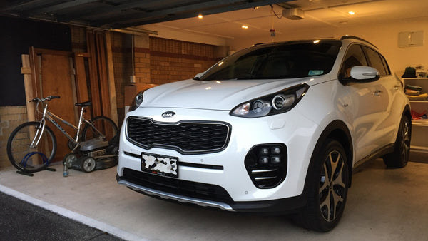 2017 Kia Sportage GT-Line Equipped with BlackVue DR750S-2CH + B-112 Battery Pack (car view)