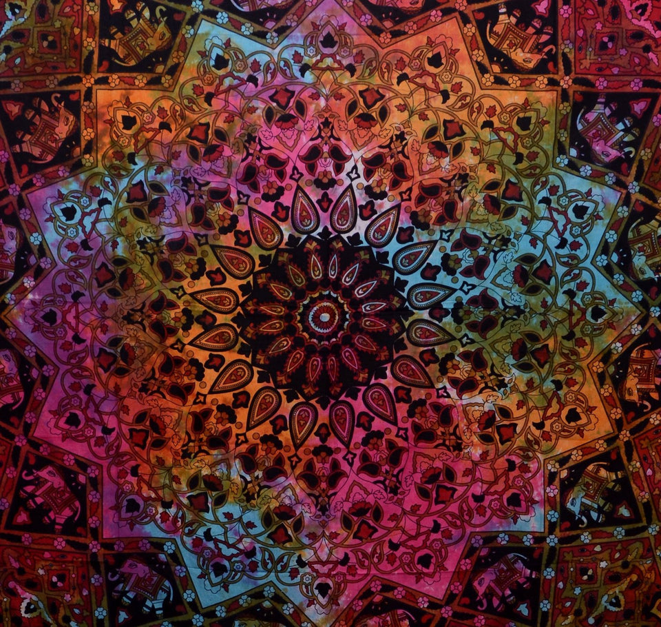 Indian-hippie Bohemian-psychedelic Star-mandala Wall-hanging-tapestry (Queen(84x90Inches)(215x230Cms), Red Tie-Dye)