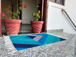 Triangle Bright Turquoise Home and Kitchen Rug