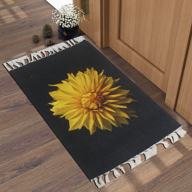 Calendula Officinalis Marigold Black  Home and Kitchen Rug
