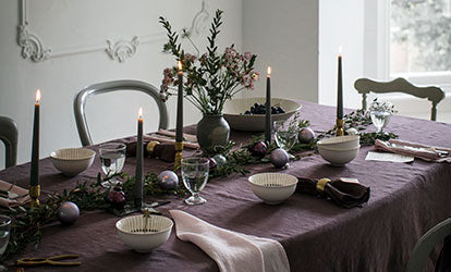 Aubergine and Pink Christmas Table