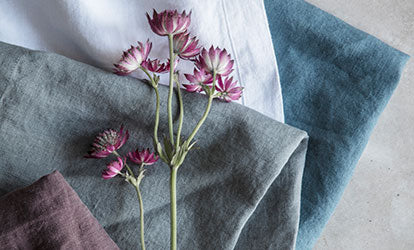 Linen Napkins and Flower