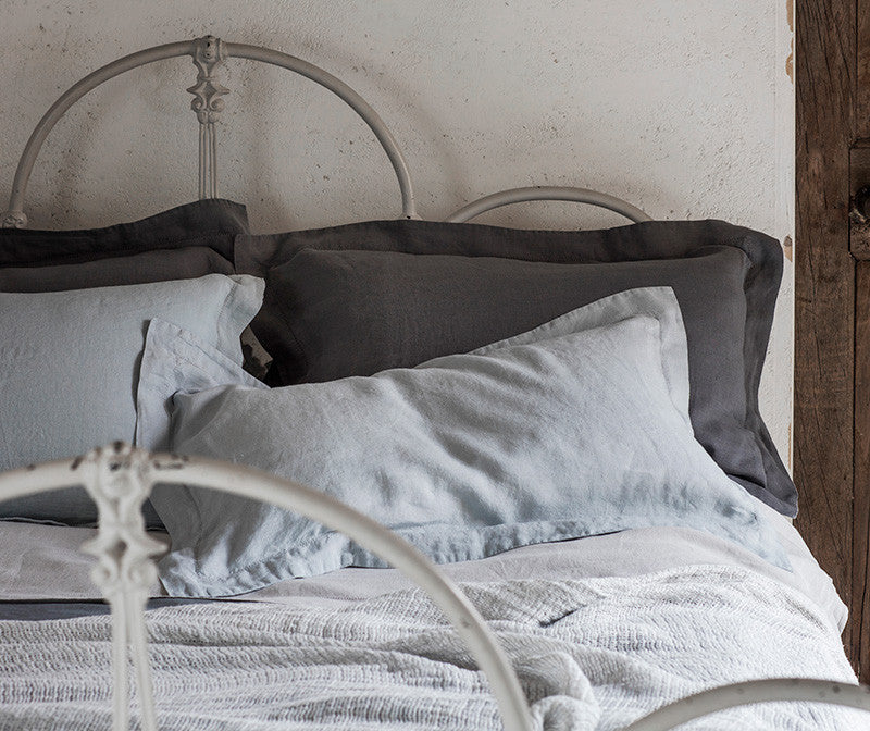 Pillowcase Oxford Lens Charcoal | Pillowcase Oxford Moustier Duck Egg | Flat Sheet Toulon Dove Grey | Duvet Cover Lens Charcoal