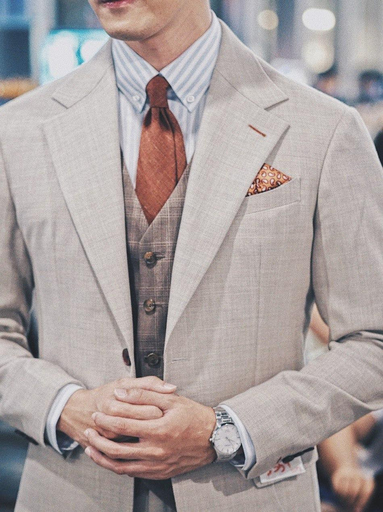 What your posture says about your suit (Part 2 of 2)
