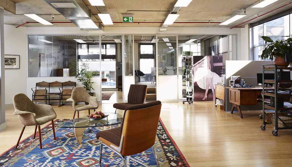 boody-office-fitout-reception-area-office-furniture-darlinghurst-nsw-2_1