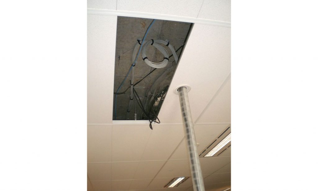 Umbilical Cable Management - Ceiling to Desk, Ceiling to Floor