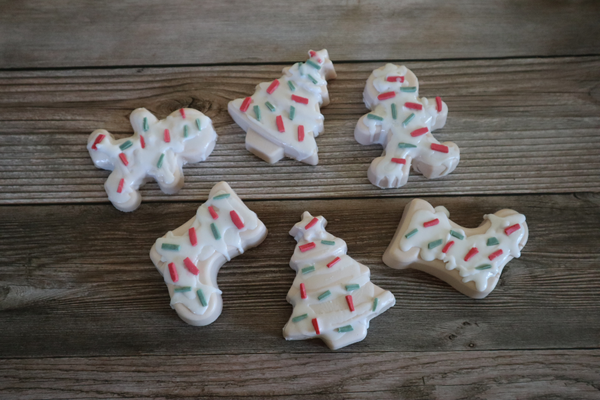 Holiday soap that looks like sugar cookies