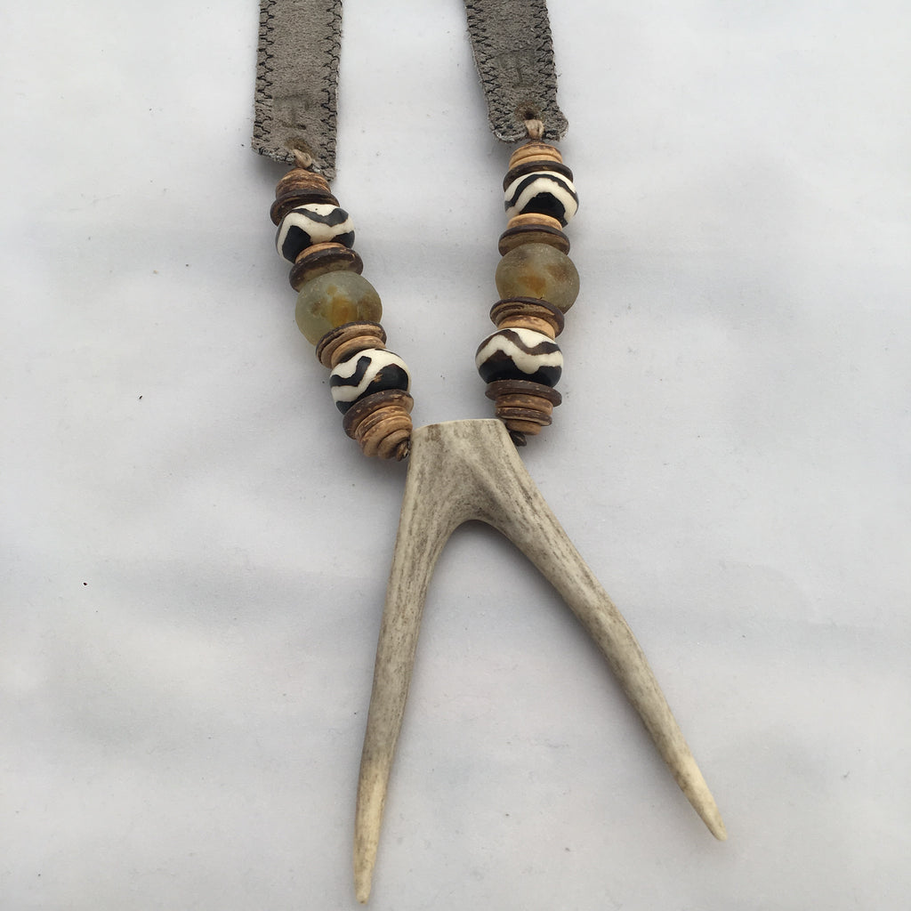 Antler Double Tip Necklace-Grey