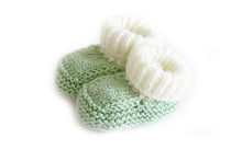Load image into Gallery viewer, Mint knitted baby booties