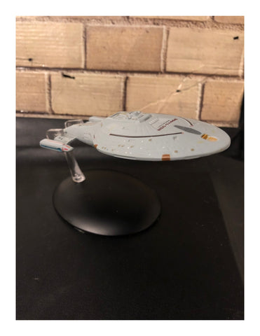 U.S.S. Voyager NCC-74656 Model Ship Issue 6 (Model Only) Used
