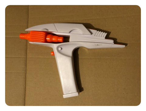 Star Trek 2009 1.1 Scale White & Orange Colour Phaser Toy With Sounds