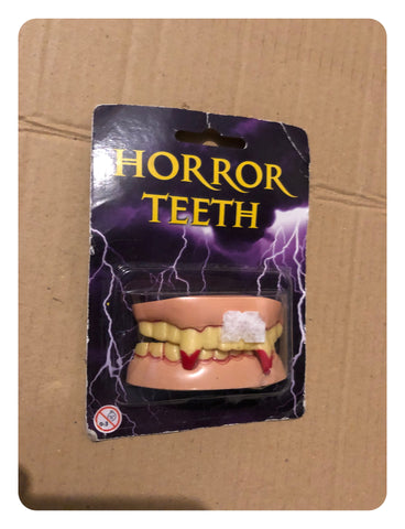 Horror Teeth - Prop Fancy Dress Teeth - Vampire