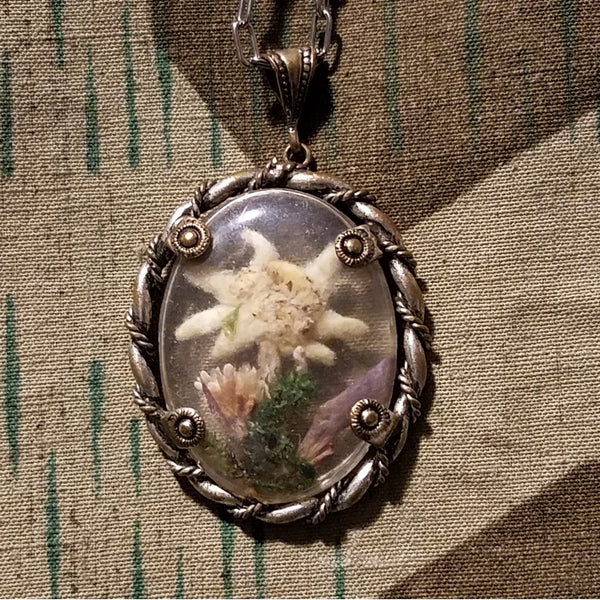 Edelweiss Flower with Stem Necklace