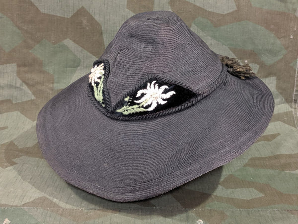Black Straw Tracht Hat with Edelweiss