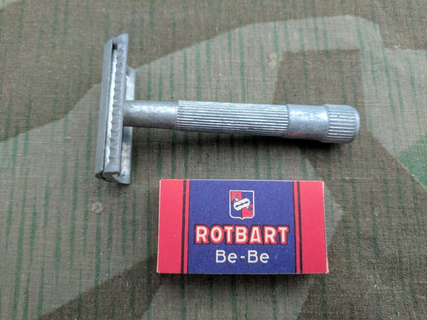 Wehrmacht Razor with Packet of Rotbart Razor Blades