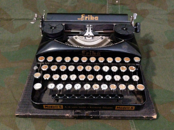 Erika Model S Typewriter in Working Order