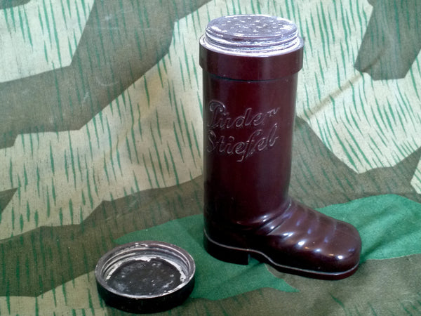 WWII German Puder Stiefel Bakelite Foot Powder DRGM