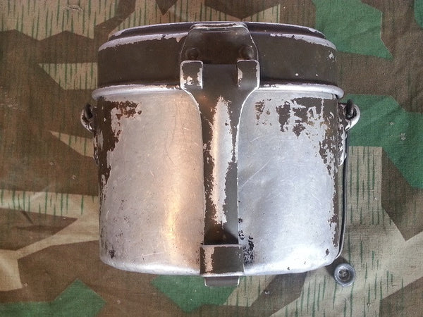WWII German SMM 39 Mess Kit