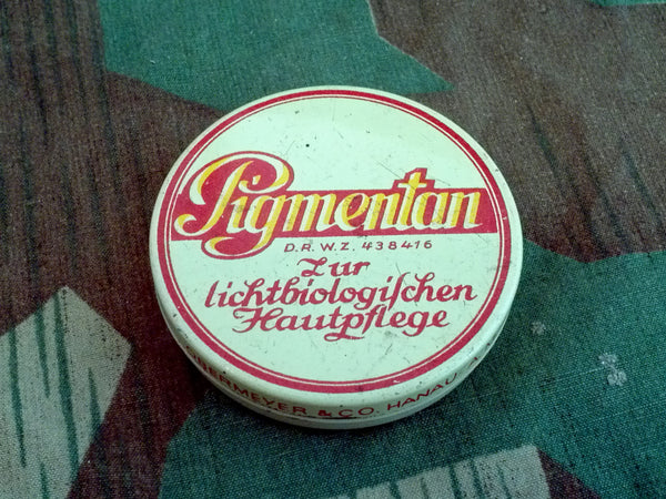 WWII German Skin Care Cream Tin DRWZ Pigmentan