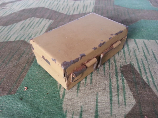 WWII German Tiny Ordnance Tan Box