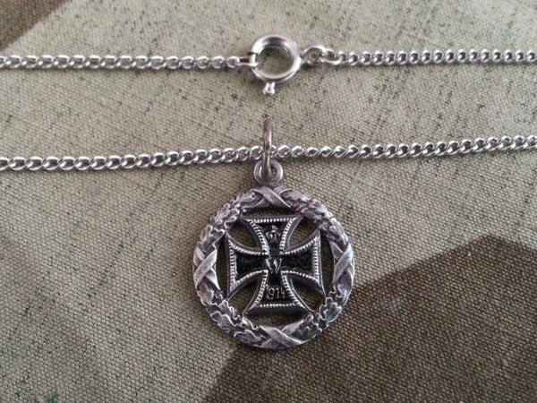 WWI German Silver Iron Cross Wreath Necklace
