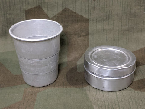 Collapsible Aluminum Cup In Carrier