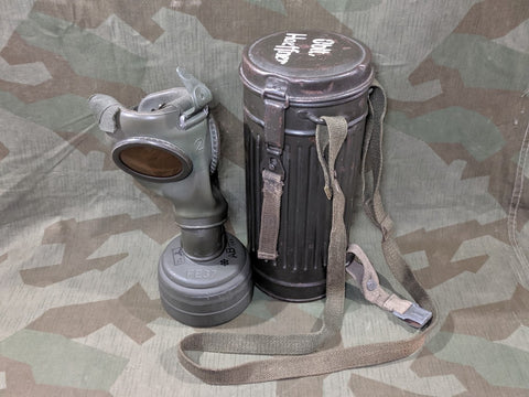 Oblt Haeffner Gasmask in Can w/ Straps and Lenses