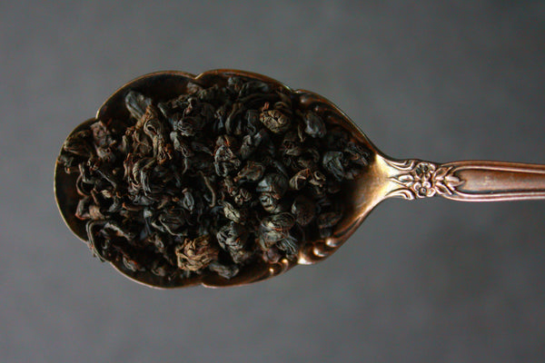 Gift Collection of BLACK Tea in 6 birch infusers