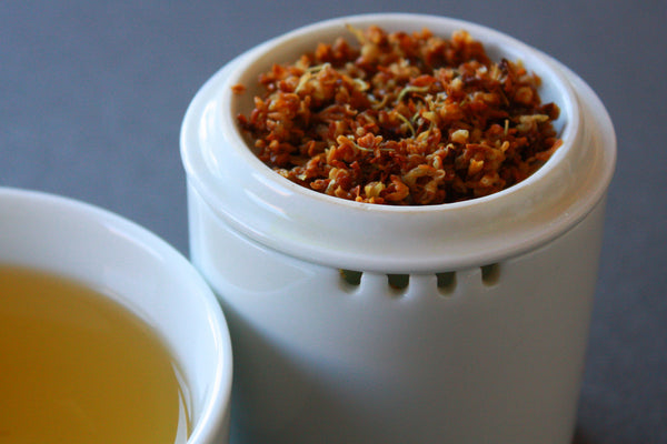Organic Osmanthus Flowers herbal infusion with Bamboo Infuser