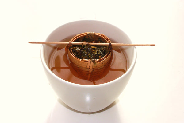Green Sheng Pu-erh Loose Loose Leaf Black Tea with Bamboo Infuser