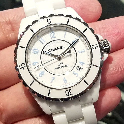 Chanel J12 White 38mm H3827 (Limited Edition)