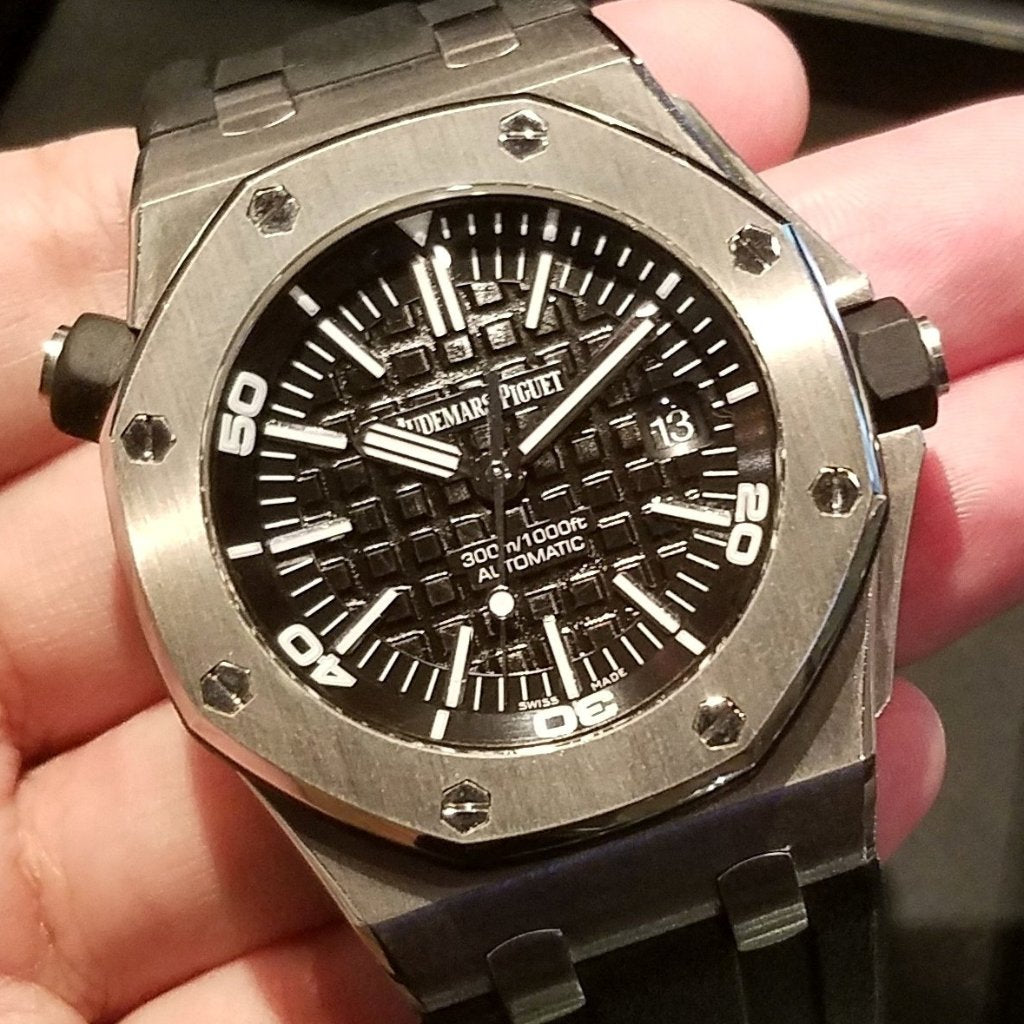 [Pre-Owned Watch] Audemars Piguet Royal Oak Offshore Diver 42mm 15703ST.OO.A002CA.01 (Out of Production)