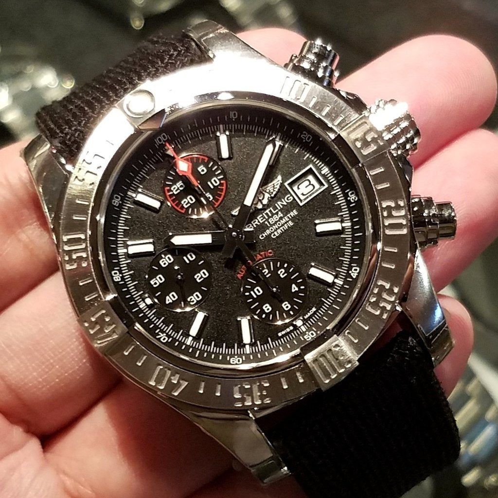[Brand New Watch] Breitling Avenger II Chronograph Automatic 43mm A1338111/BC32-103W