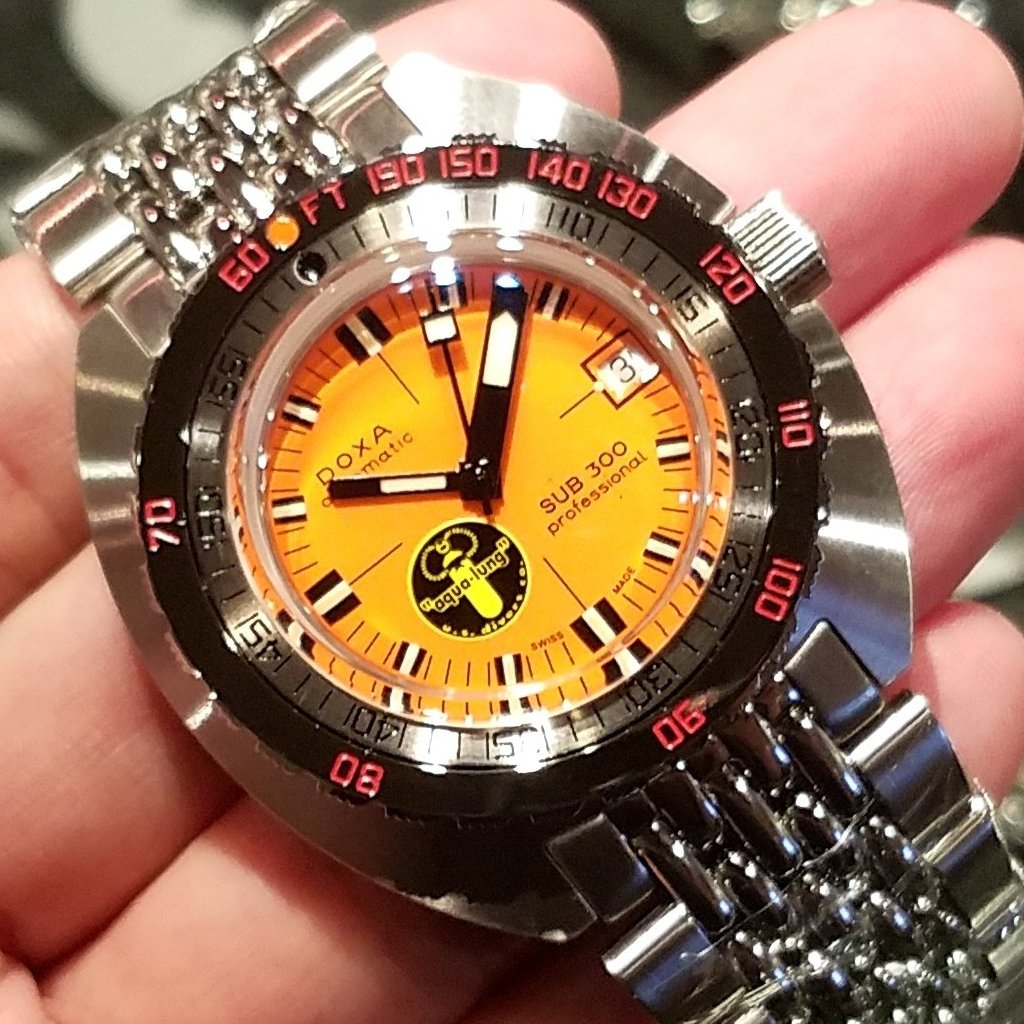 "[Pre-Owned Watch] Doxa Watches Re-Issue SUB 300 ""Black Lung"" 42.5mm (Limited Edition of 300 Pieces)"
