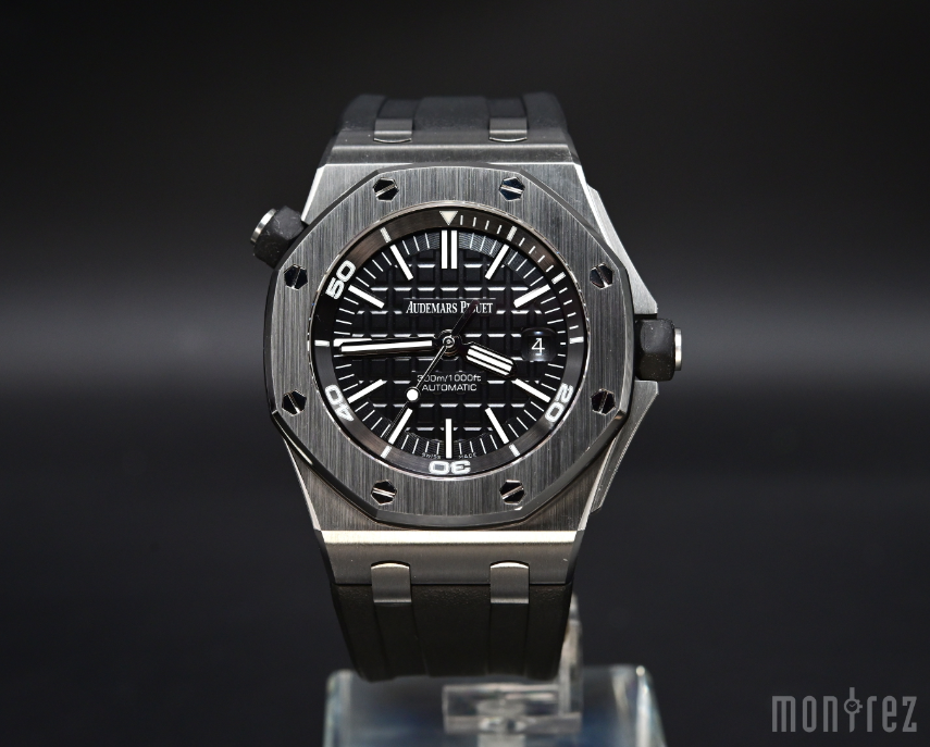 [Pre-Owned Watch] Audemars Piguet Royal Oak Offshore Diver 42mm 15710ST.OO.A002CA.01