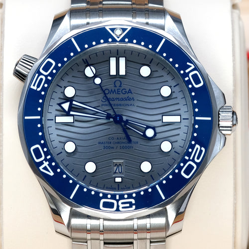 [Pre-Owned Watch] Omega Seamaster Diver 300m Co-Axial Master Chronometer 42mm 210.30.42.20.06.001